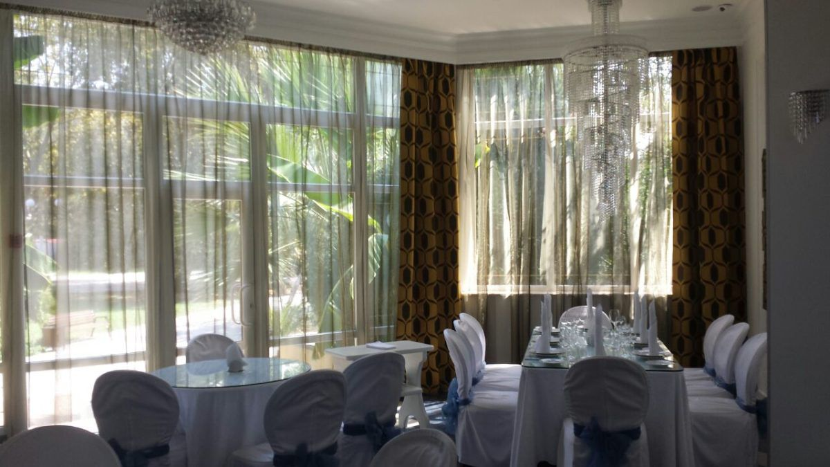 Интерьер ресторана Удача Плюс в Хосте